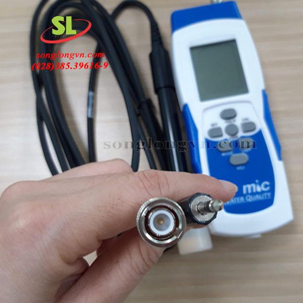 dau-do-do-may-do-ph-oxy-hoa-tan-nhiet-do-dang-cam-tay-model-987a2pd-mic